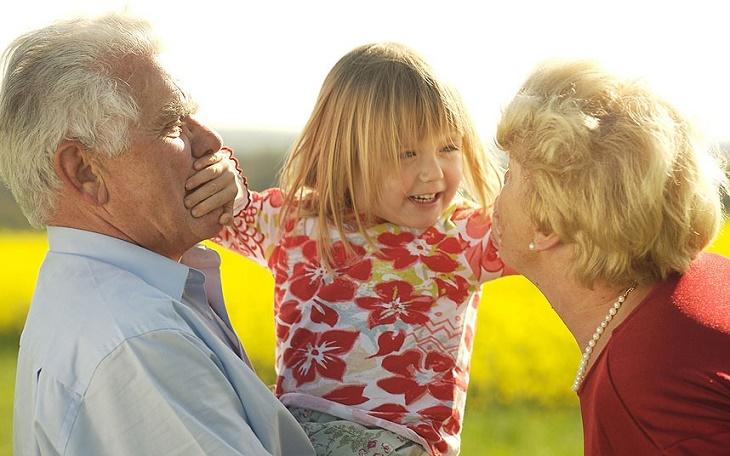 дедушки и бабушки