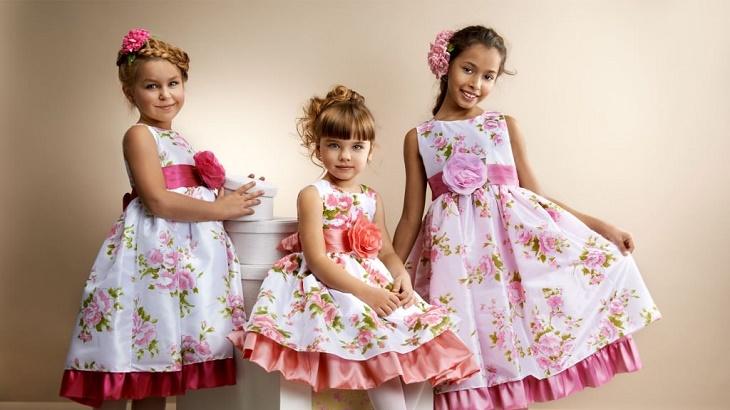 Смотреть Детские летние платья для девочек видео