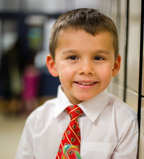 мальчик в галстуке