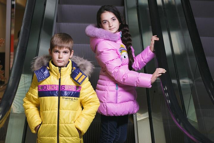 детские зимние куртки GnK