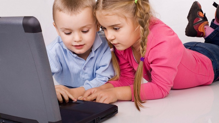 дети у ноутбука