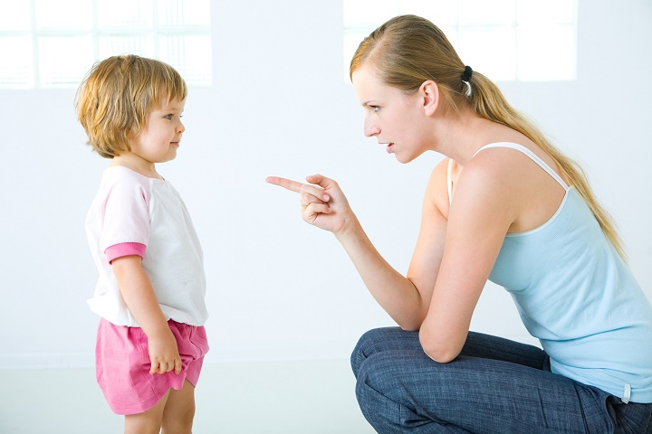 ругать ли чужого ребенка