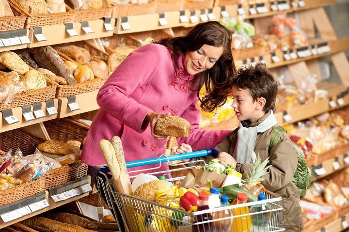 как маркетологи обманывают родителей