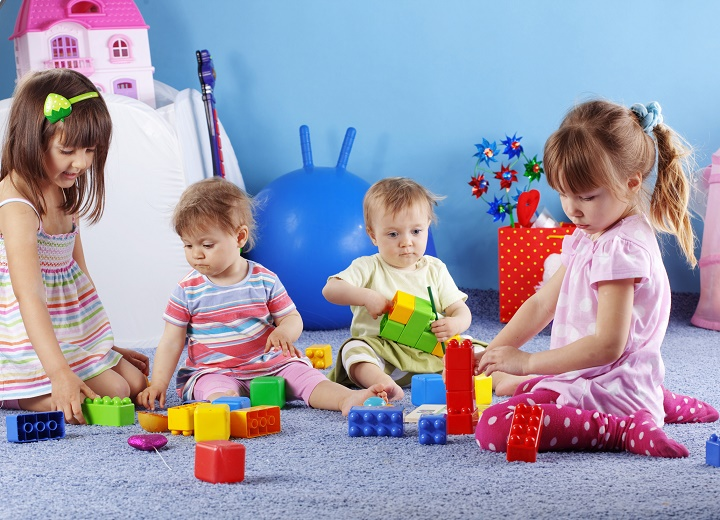 дети и развивающие игрушки