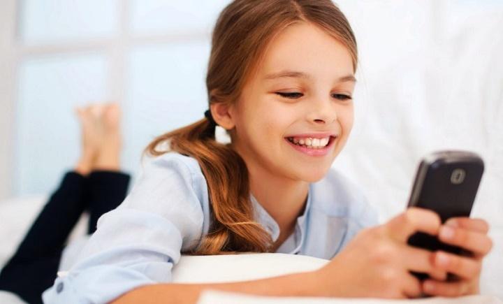 Как выбрать телефон для школьника
