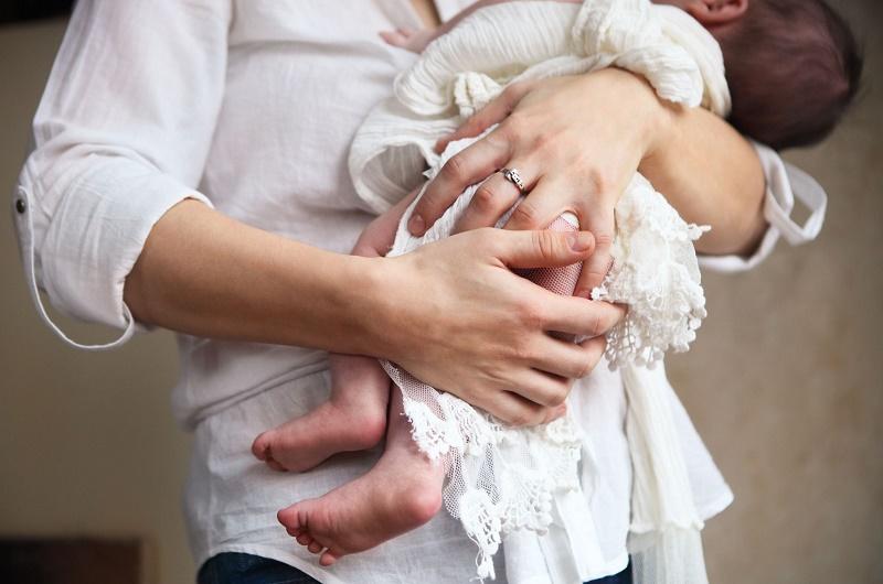 Сонник свой ребенок на руках 869
