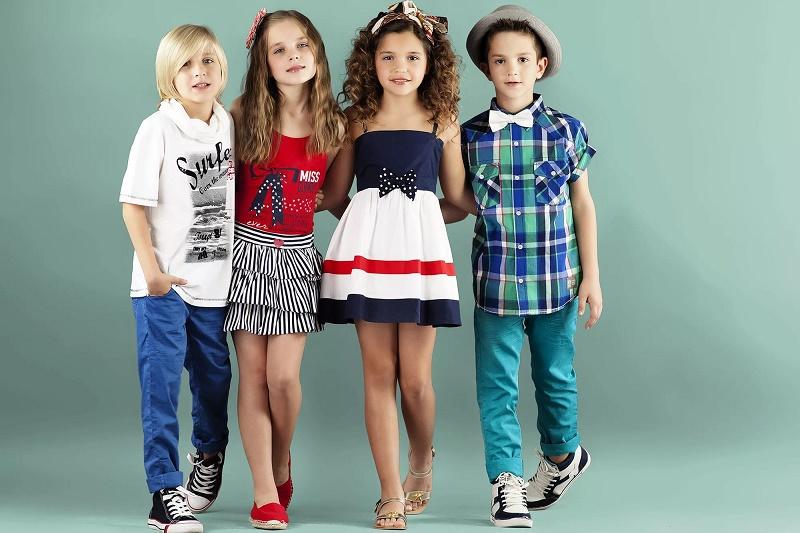 дети в модной одежде
