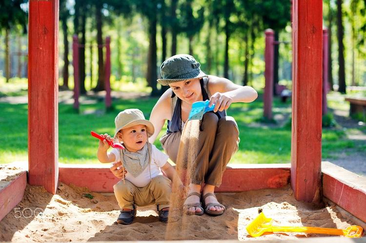 ребенок в печочнице