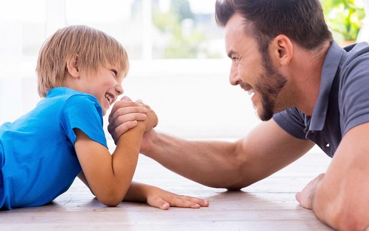 Сколько времени отец может проводить с ребенком