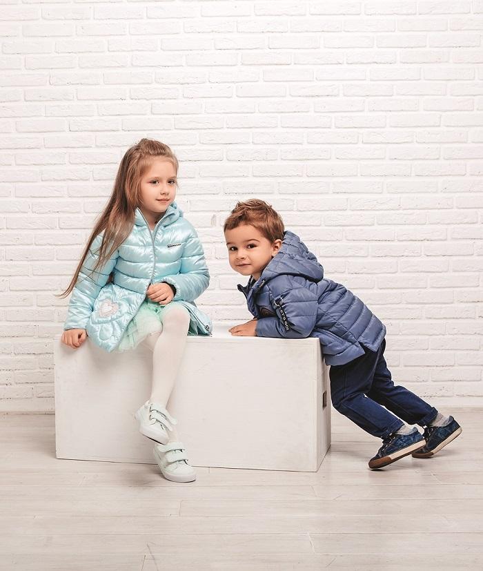 дети в одежде gnk фото