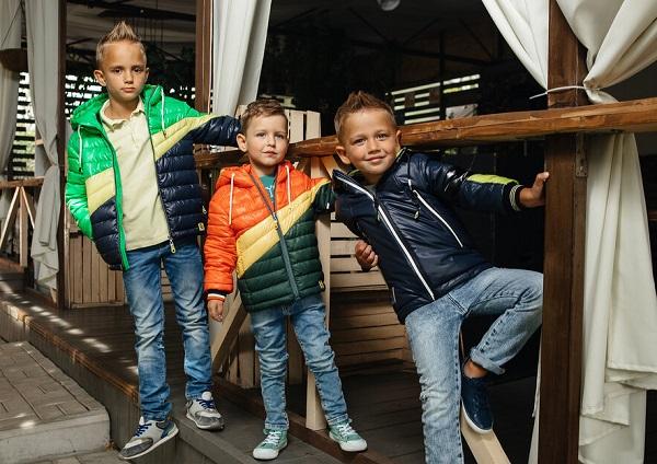 детские куртки для мальчиков gnk фото