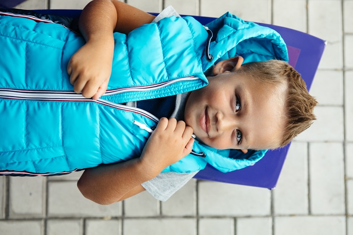 детский дутый жилет фото