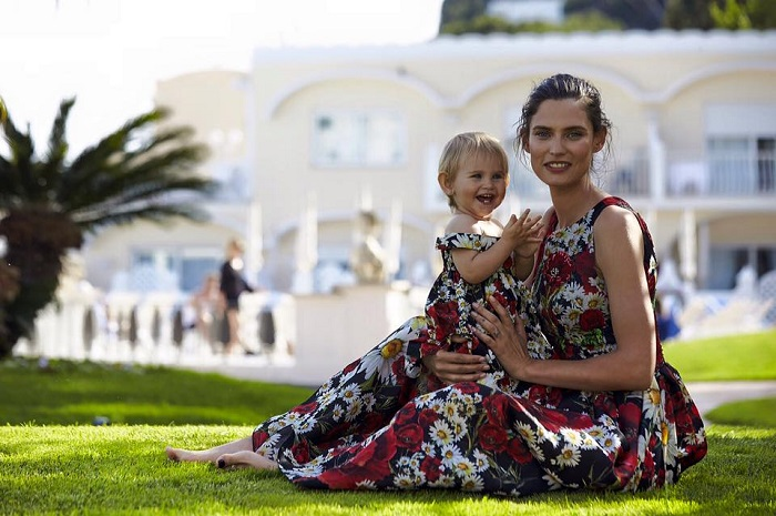Бьянка Балти и дочь Мия фото