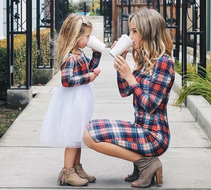 стильные мама и дочка фото