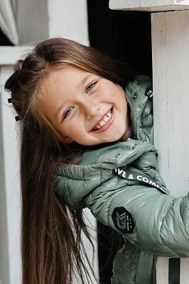куртка для девочки с-667 фисташковая фото