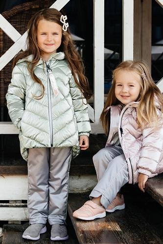 демисезонные костюмы для девочек